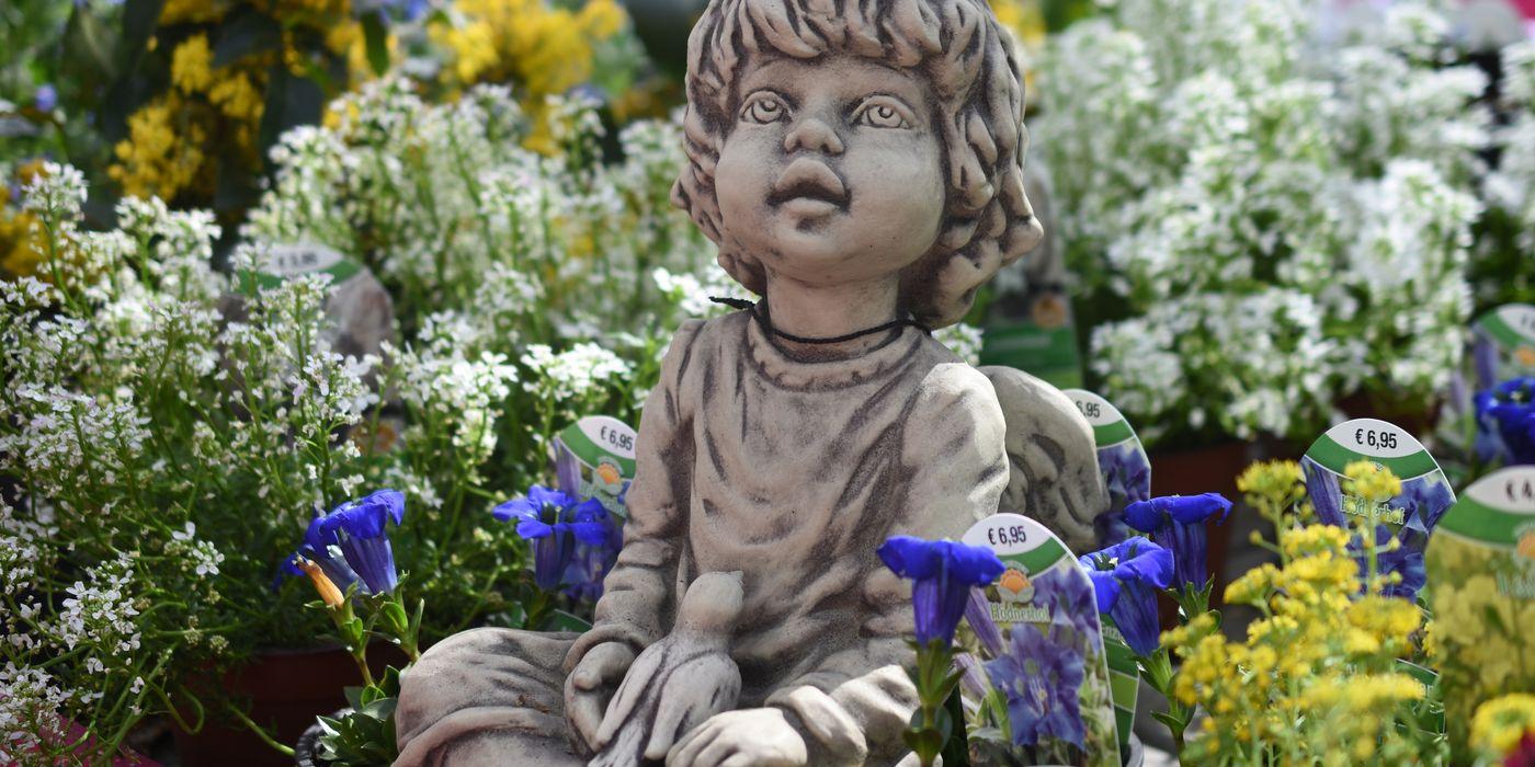 Schöne Steinfiguren für Ihren Garten